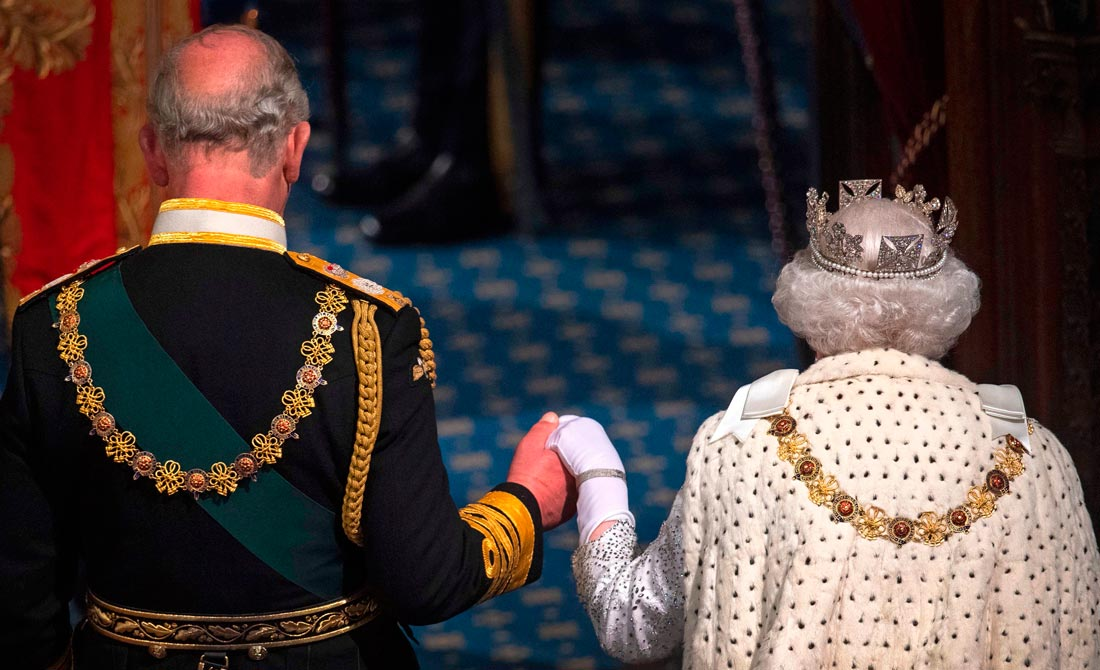 Octubre de 2019. Isabel II y el príncipe Carlos en el Discurso de la Reina en el Parlamento.