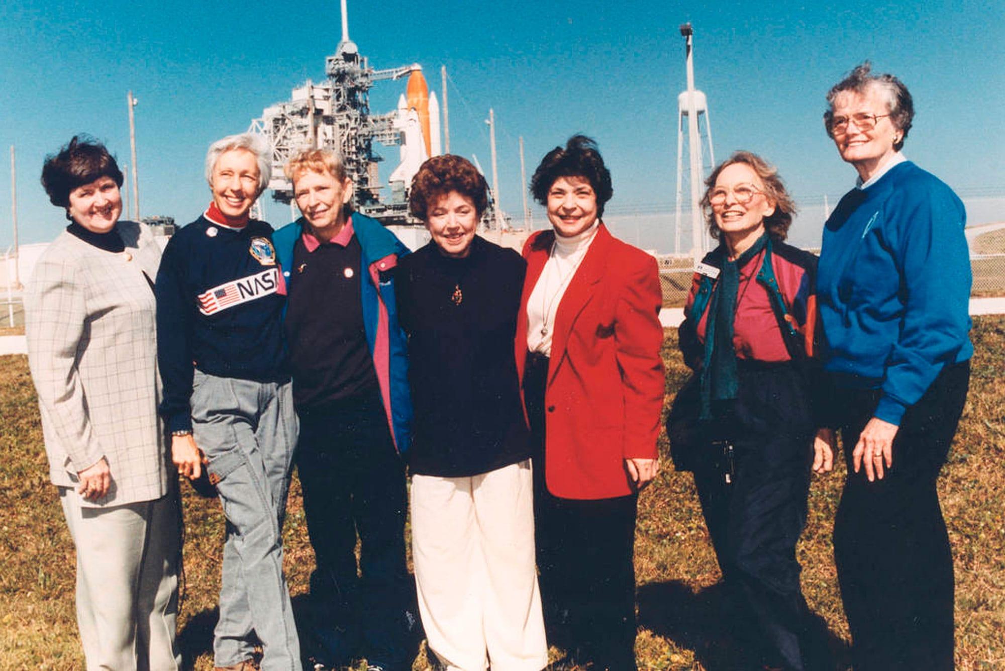 Las Mercury, en una visita a la NASA.