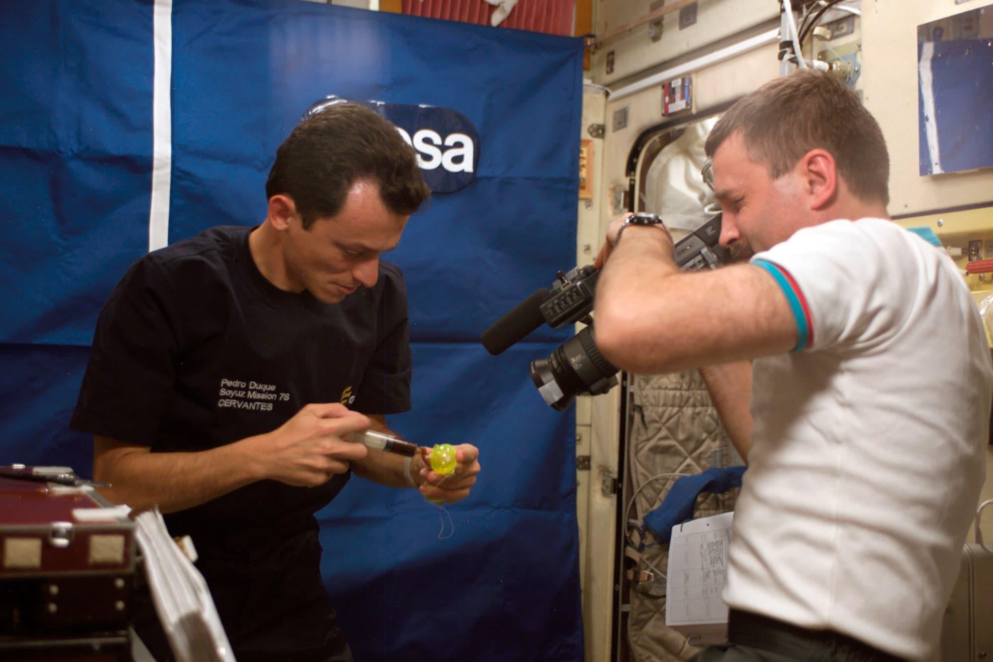 Experimento de Pedro Duque y del cosmonauta Alexander Y. Kaleri