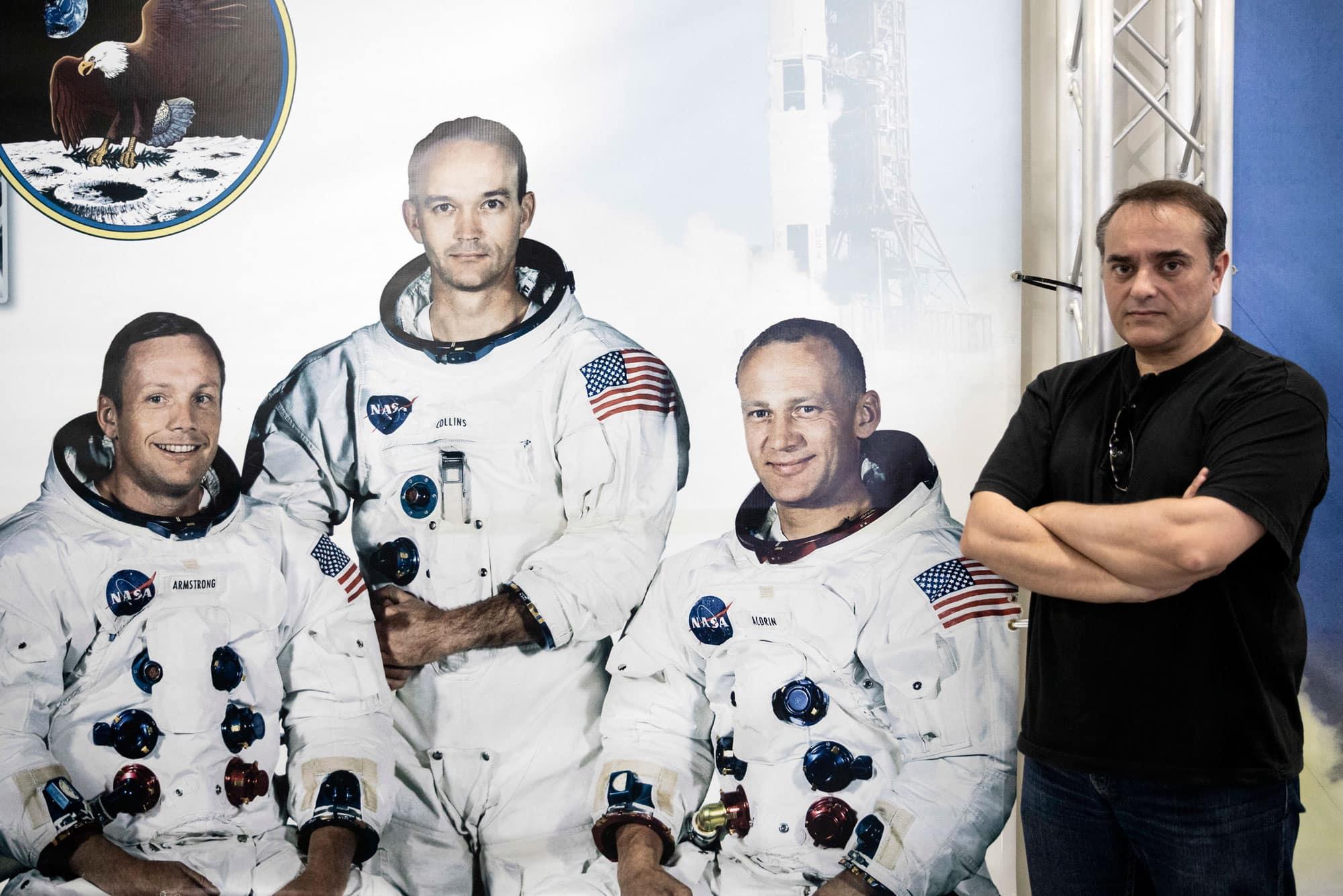 Eduardo García Llama, ingeniero de la NASA, en las instalaciones de Houston